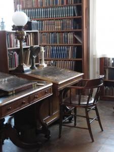 Desk, Copyright Birmingham Oratory, IMG_4655